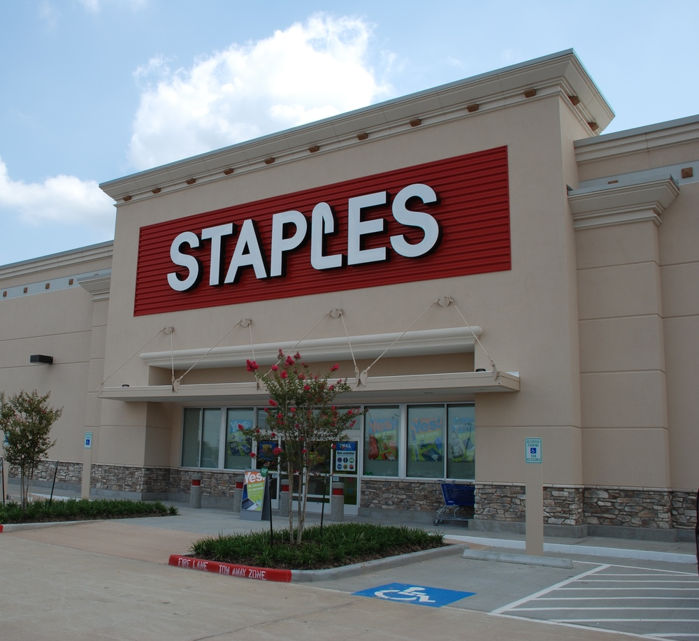 Staples CR002.JPG