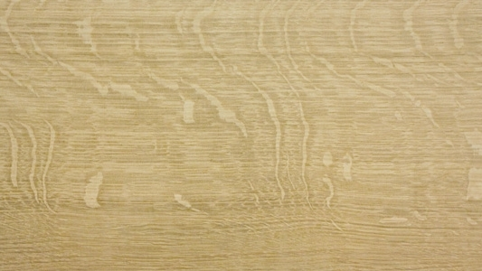 Quarter sawn white oak showing great figure with ray flecks, that's what I want!