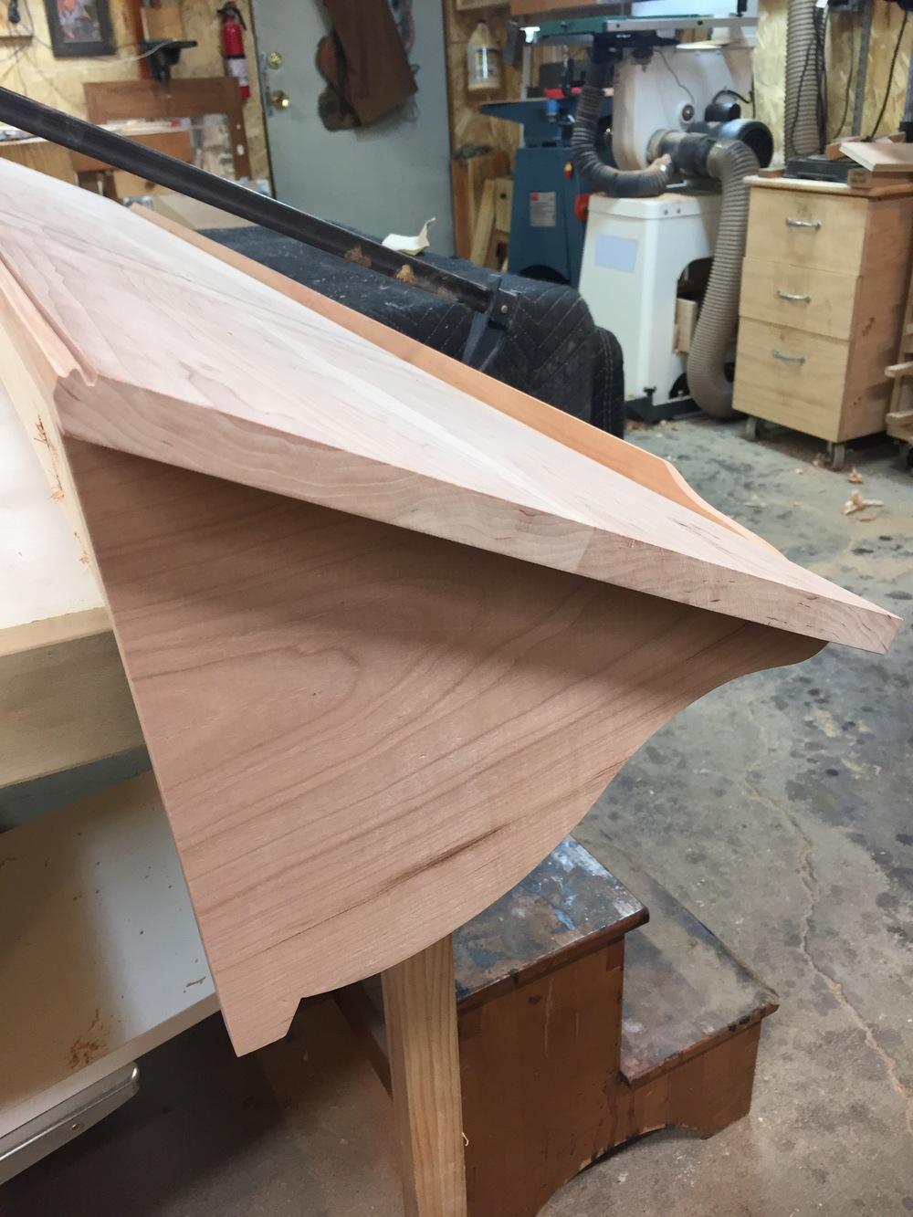 bracket shape detail