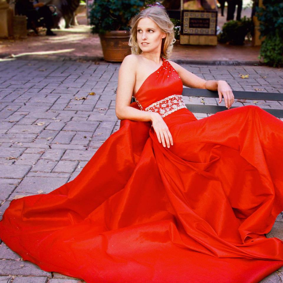 Roshau - Sedona - Kelli Quann - Tony Bowls Gown.jpg