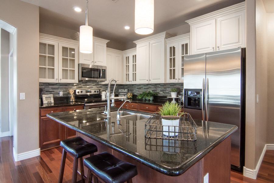 112-Kitchen_Overview.jpg