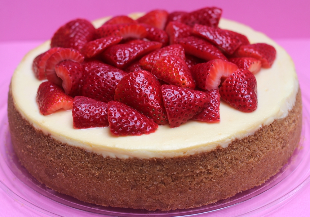 Moscato Cheesecake with Drunken Strawberries
