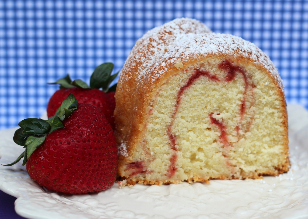Strawberry Swirl Pound Cake : $24