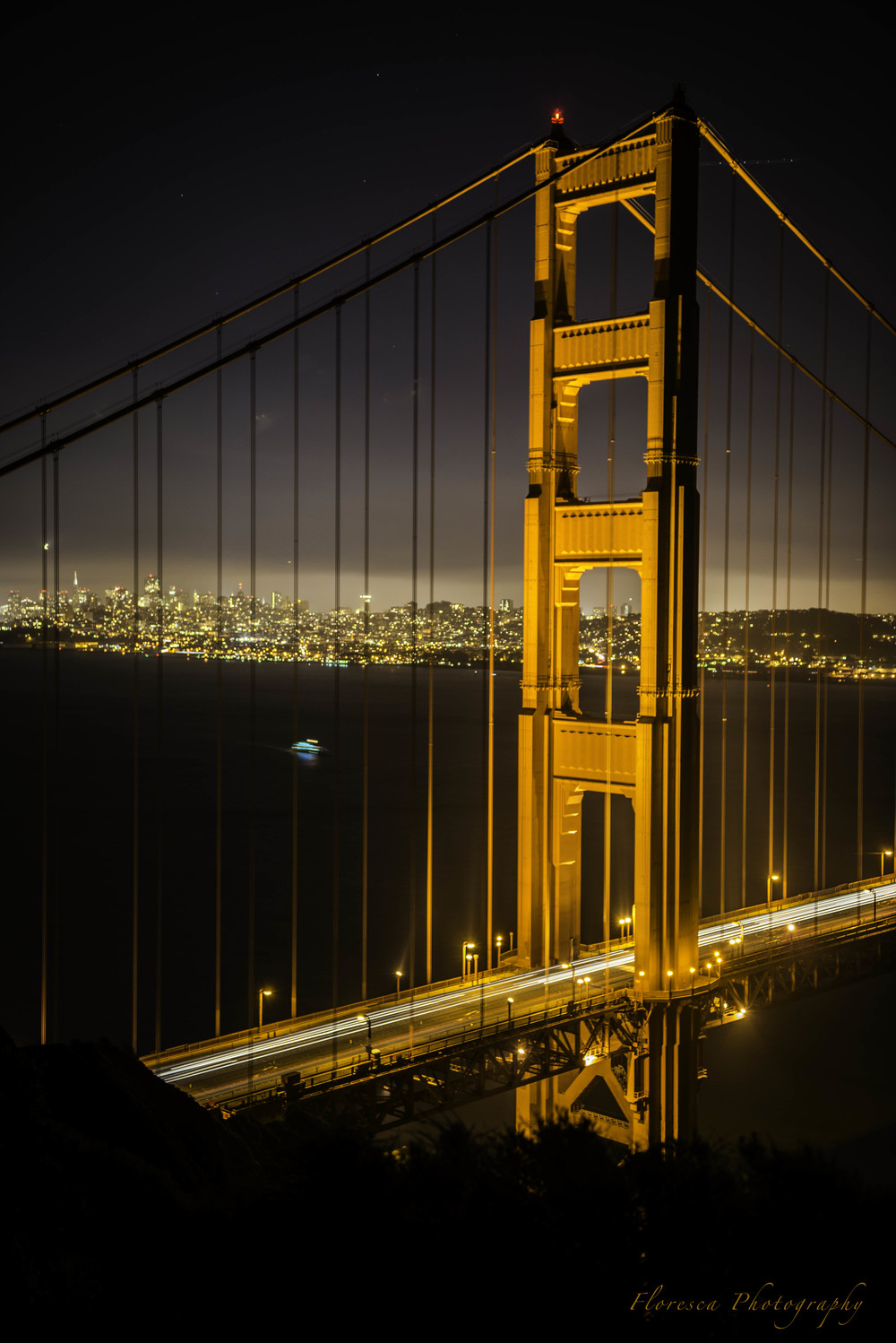 GoldenGateTowerAtNight.jpg