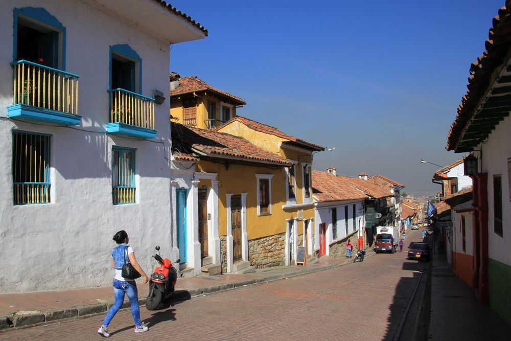 Strolling La Candelaria's colonial streets.