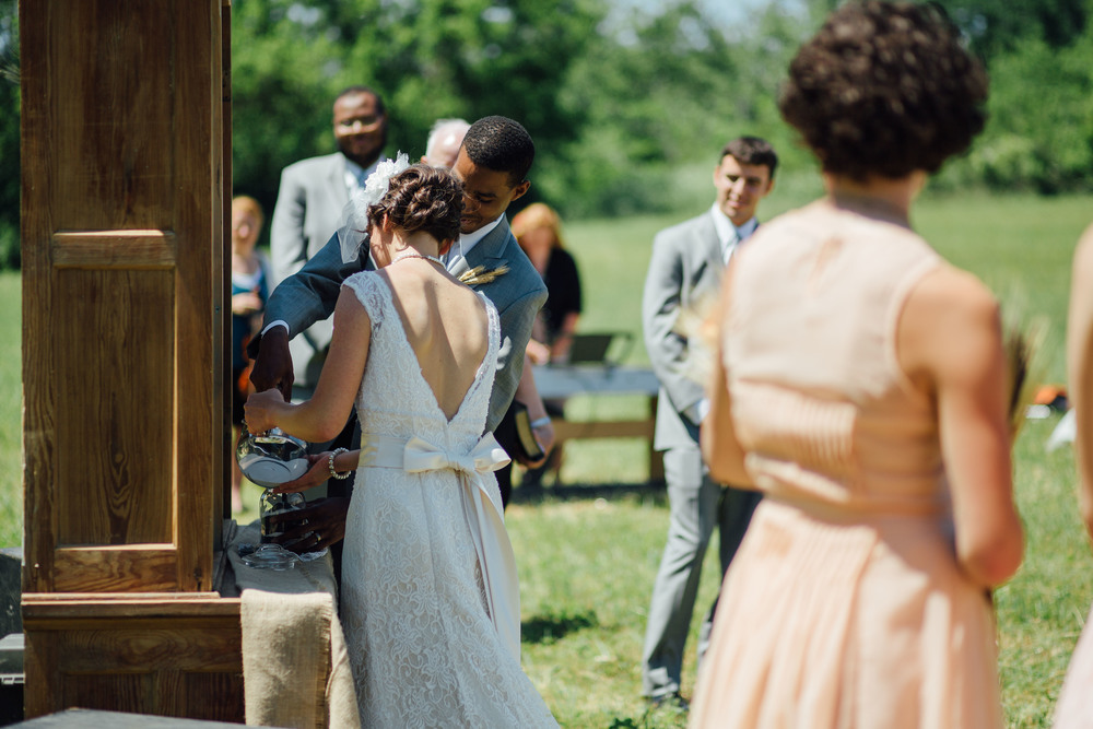 cedric and mariah family farm wedding ohio-29.jpg
