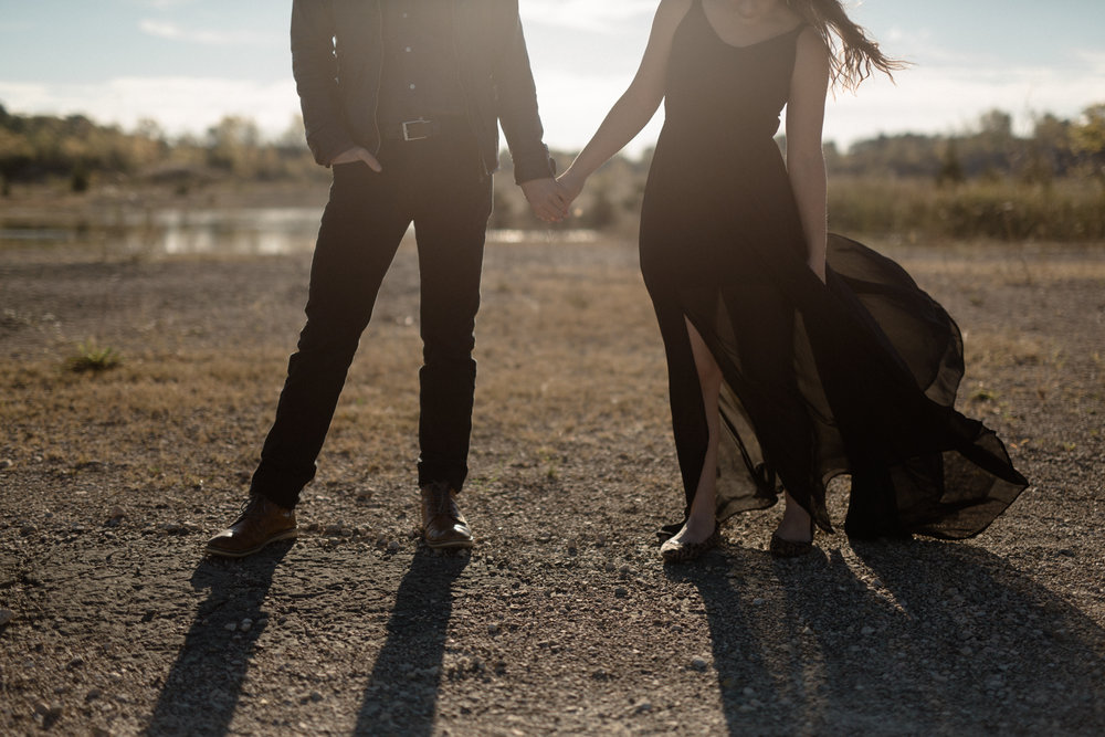cincinnati ohio desert inspired engagement photography
