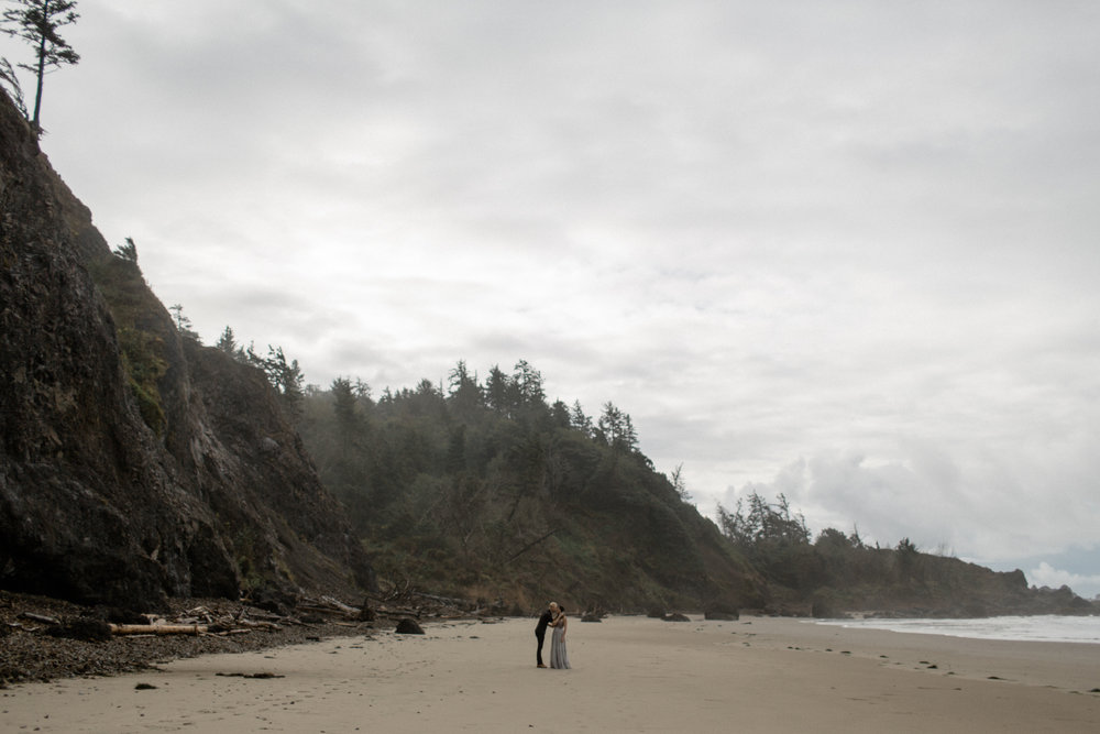 1710 Kevin and Sarah Oregon Coast Engagement Session Sarah Rose Photography-32.jpg