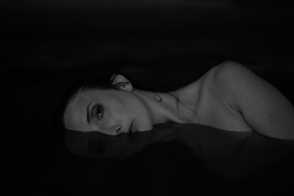 outdoor intimate portrait. black and white. boudoir inspiration. underwater nude. underwater boudoir. art model. anoushanou. ohio boudoir photographer. sarah rose photography. i am sarah rose.