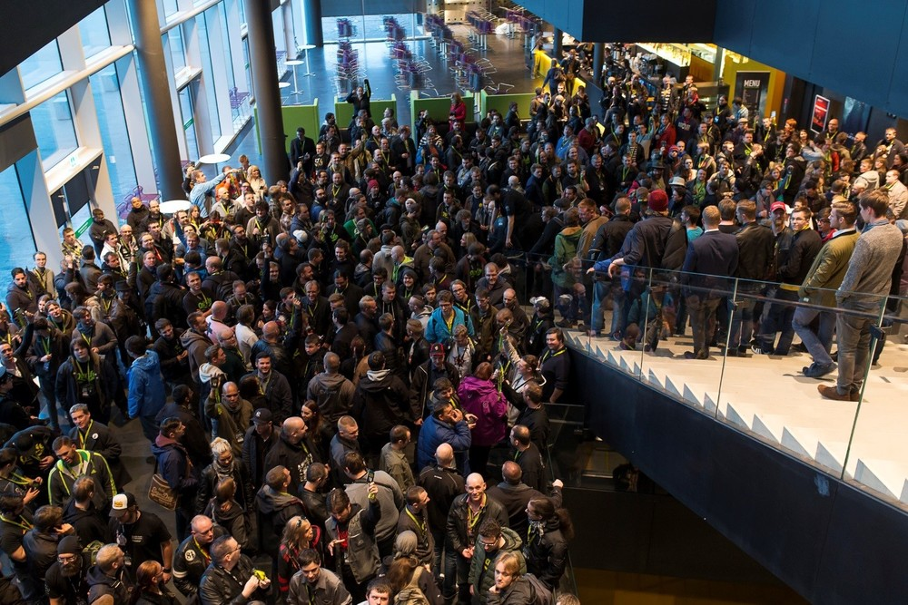 The Fanfest Pub Crawl is very, very popular - here is the group from last year gathering in the Harpa conference center, prepping to descend upon the bars of Reykjavik like locusts.
