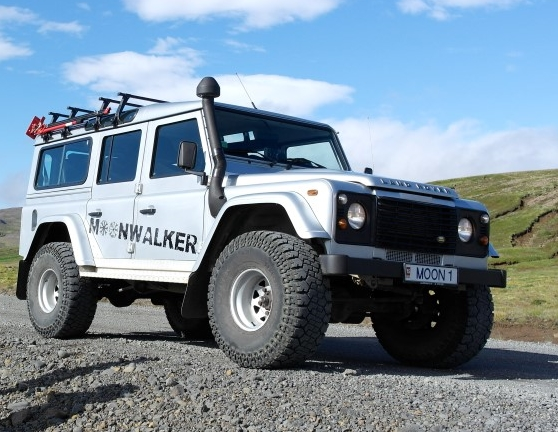 Moonwalker Tours Land Rover