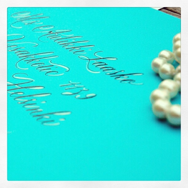 From an invitation suite in turquoise, black and ivory. #calligraphie #calligraphy #calligraphy anglaise (à Studio French Blue )