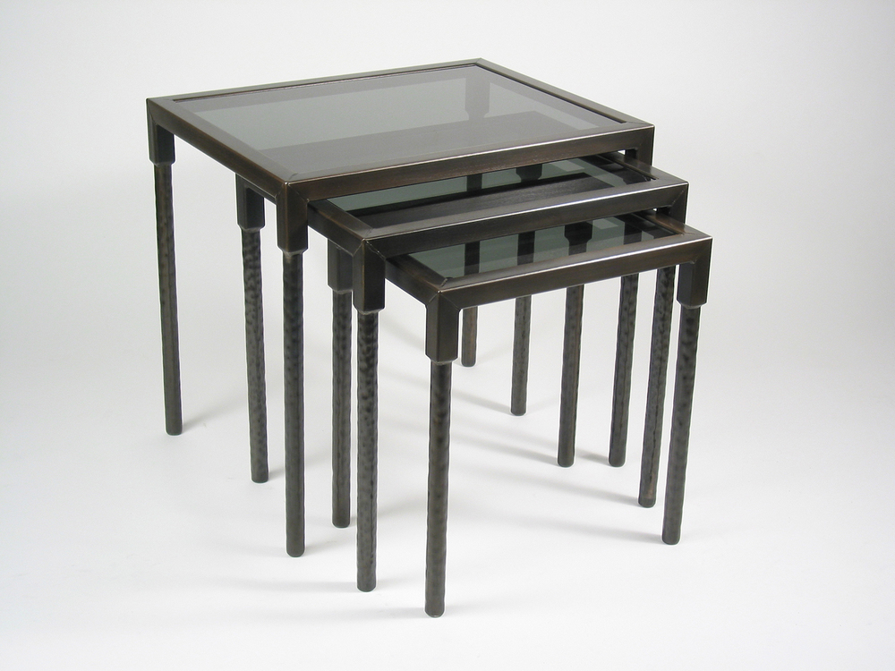 Quadrus Nesting Tables