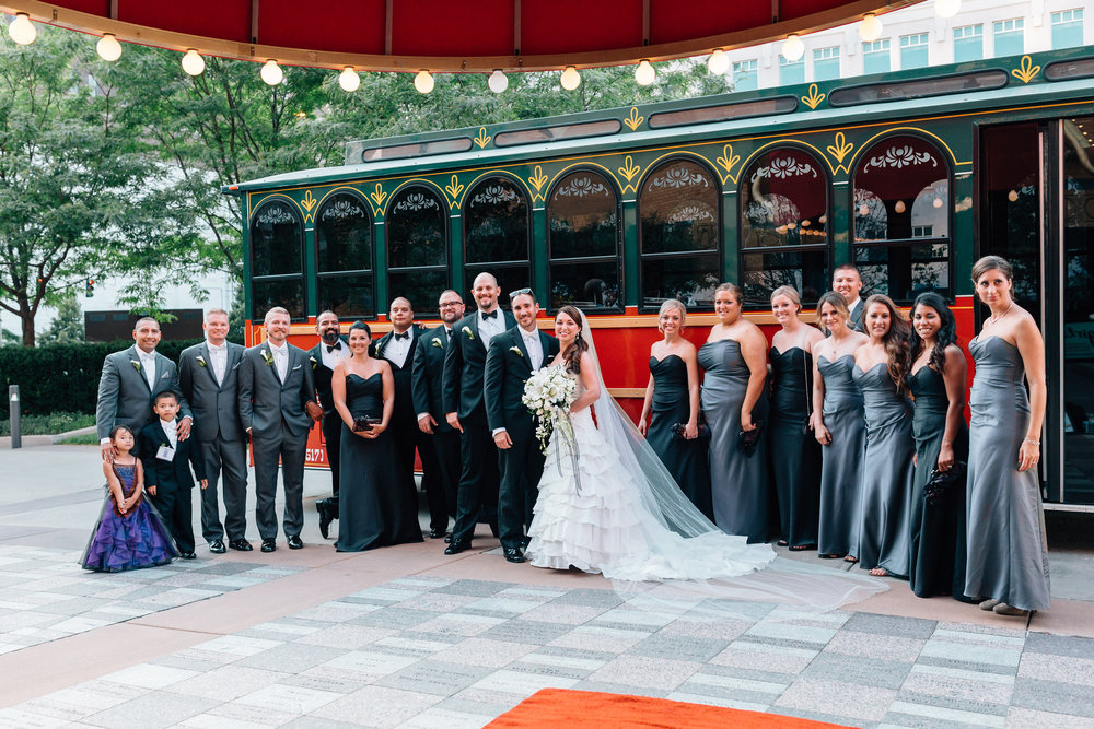 Bridal-party-at-Valentine-theatre