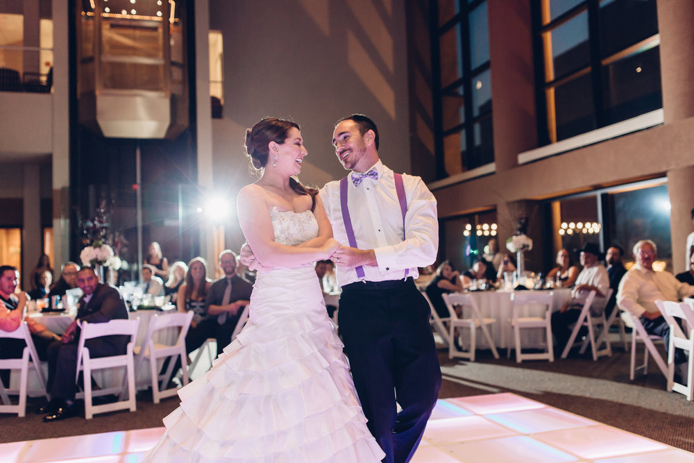 Bride-and-groom-first-dance-valentine-theatre