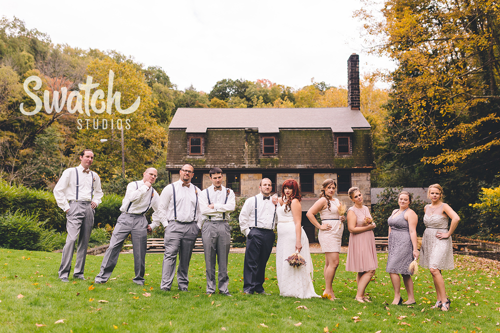 Fall_wedding_bridal_party