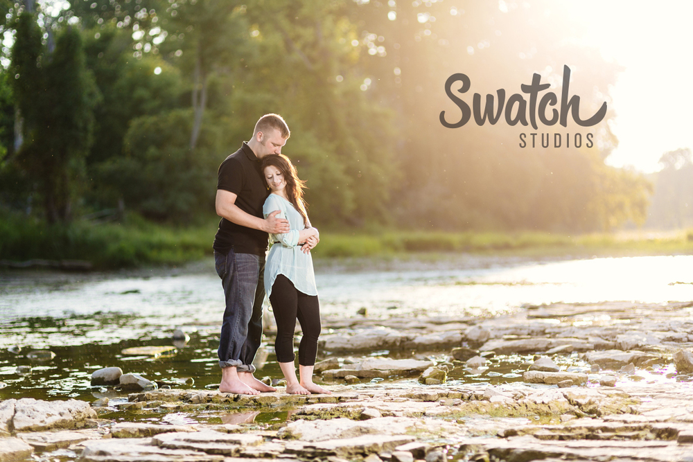 Sunset_Engagement_Session_on_the_River