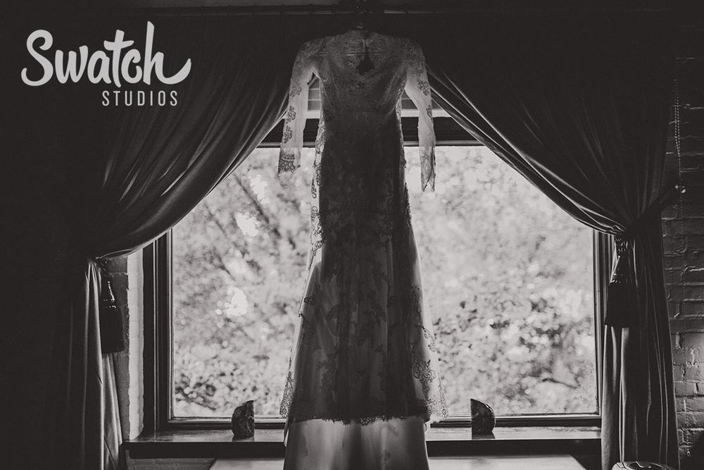 Beautiful_Lace_Wedding_Dress