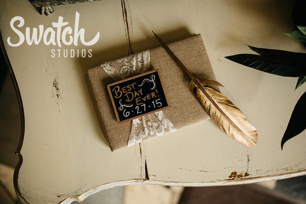Wedding_Guestbook_at_Ohio_Memorial_Chapel