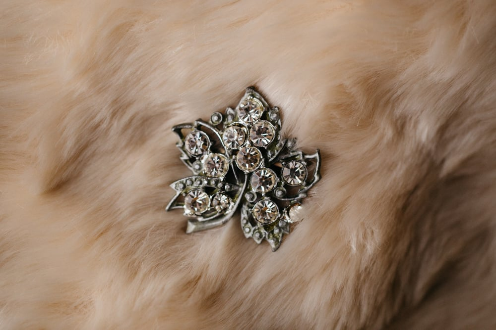 Vintage_Wedding_Broche