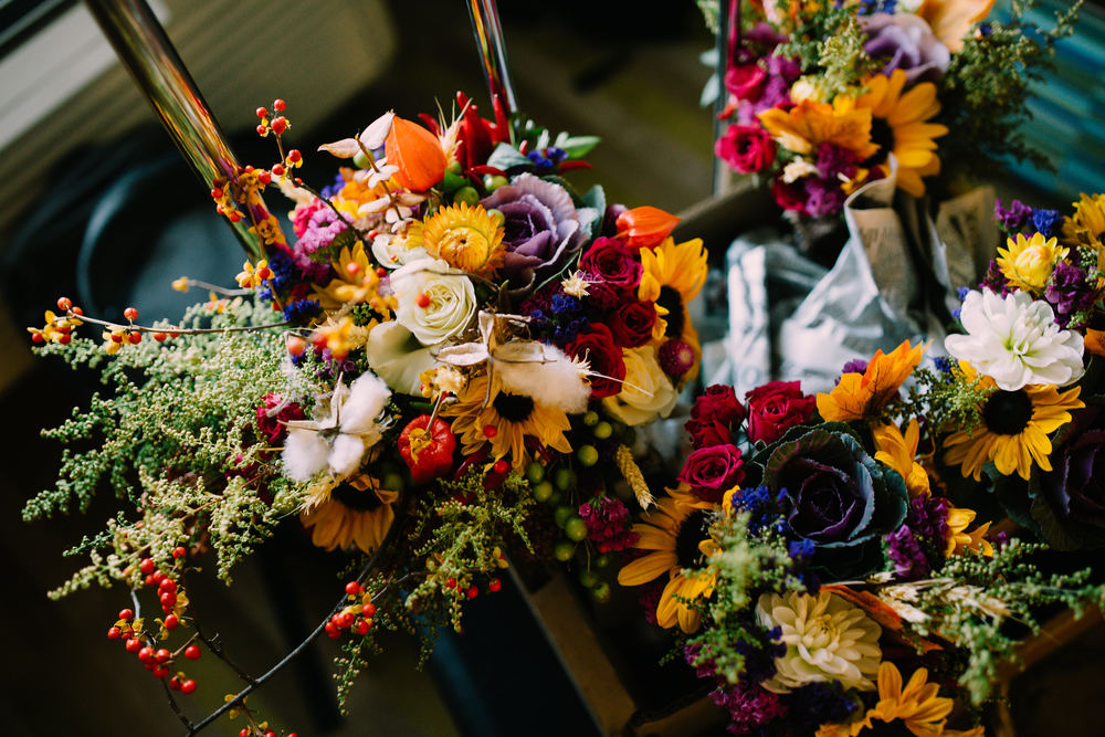 Gorgeous floral arrangement for Fall wedding
