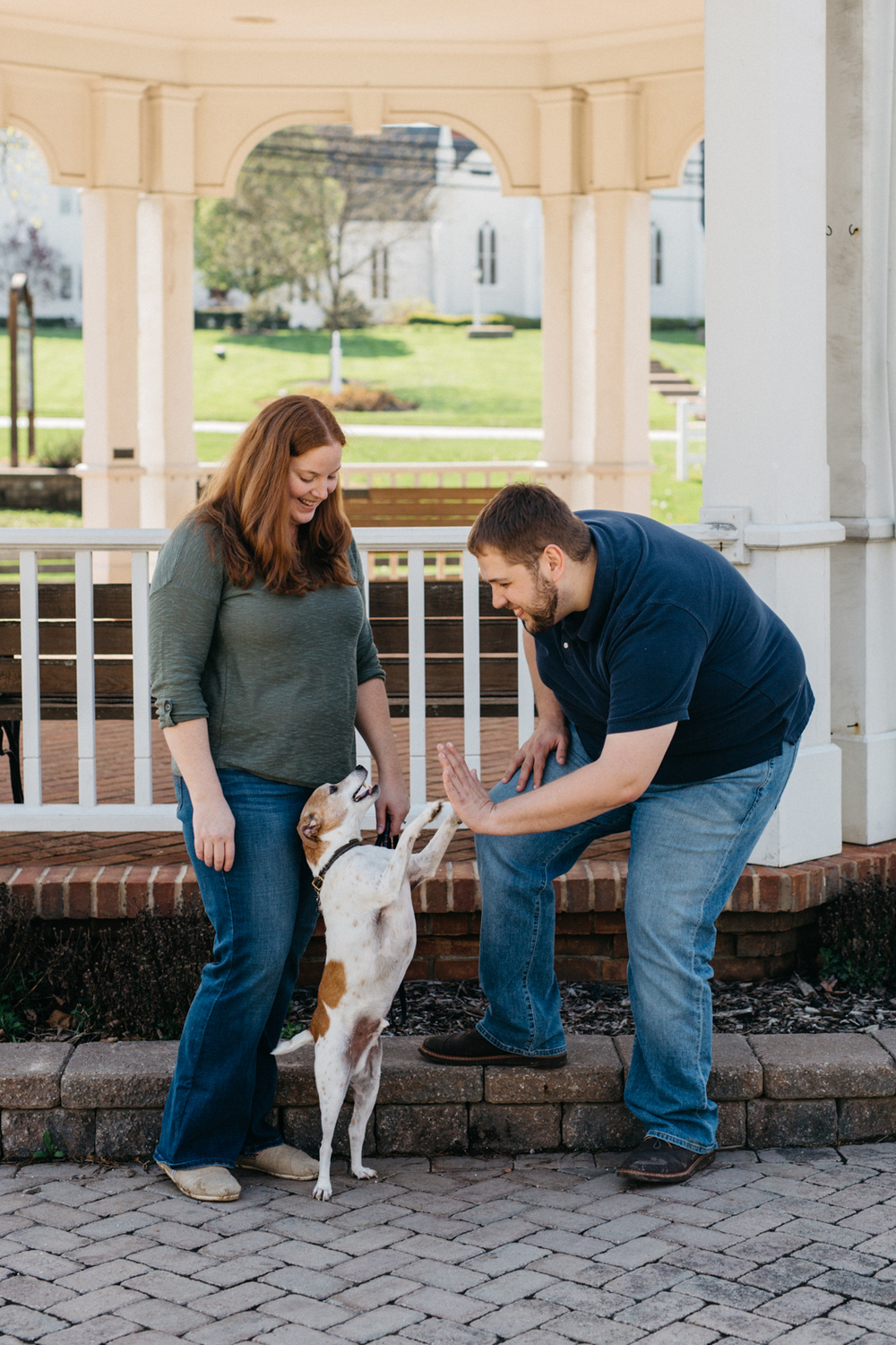 Engagement_Session_with_pet_dog