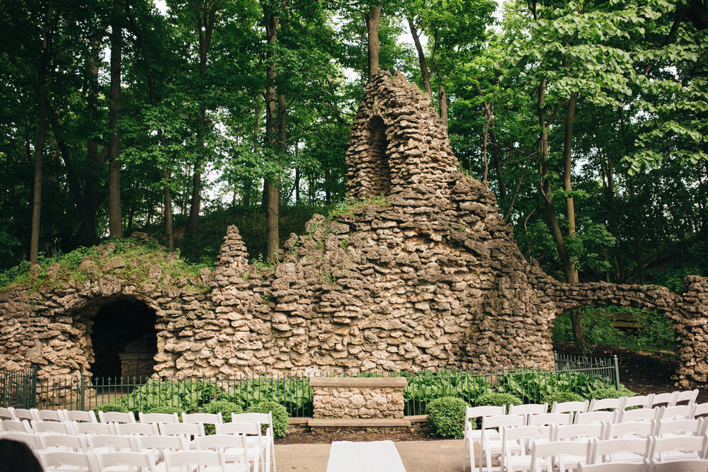 A wedding in The Grotto at Nazareth Hall.