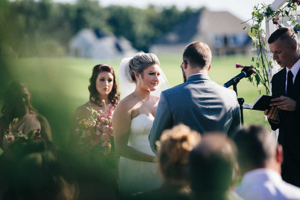 Wedding photography at Stone Ridge Golf Club in Bowling Green.