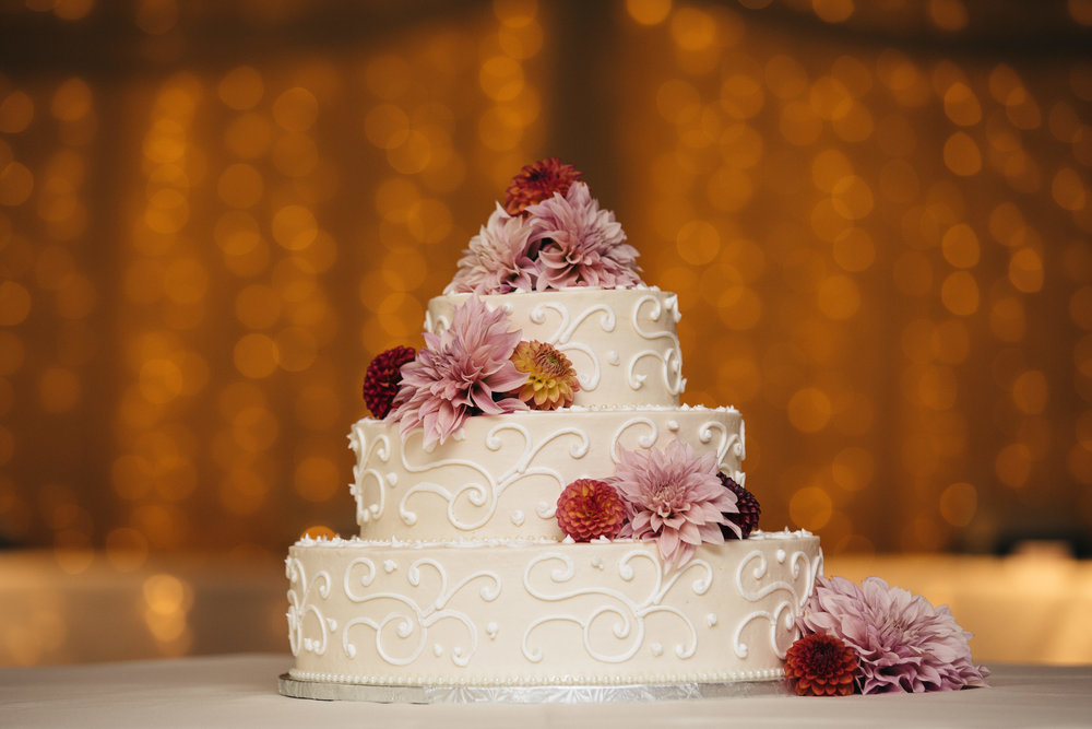 Beautiful wedding cake from Eston's Bakery.