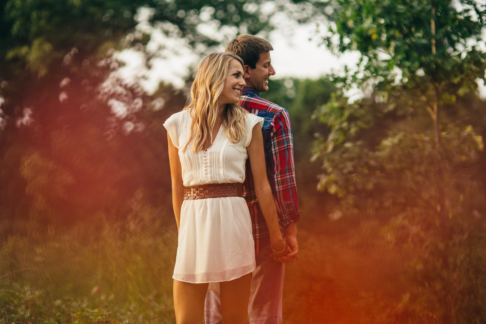 Fall engagement session inspiration in Ohio.
