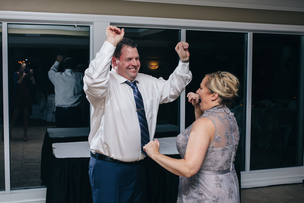 Bride and Groom dancing at Highland Meadows in Toledo, Ohio.