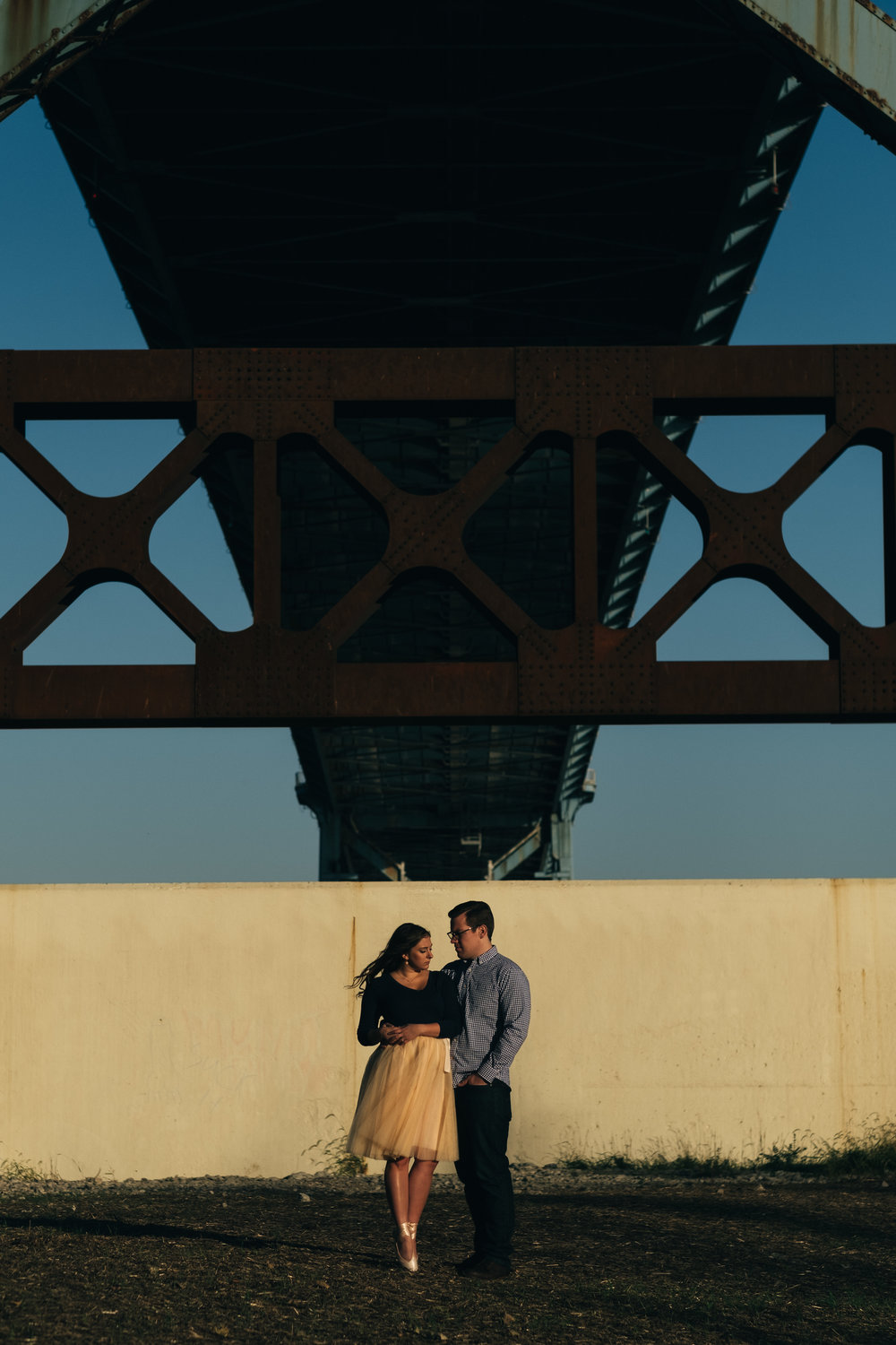 Engagement pictures at Middlegrounds Metropark in downtown Toledo, Ohio.