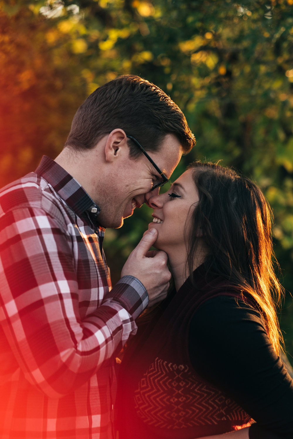 Downtown Toledo engagement session in the Fall.