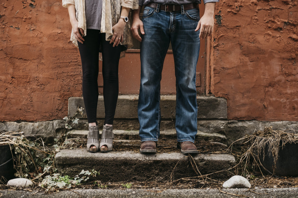 Engagement session style inspiration in Grand Rapids, Ohio.