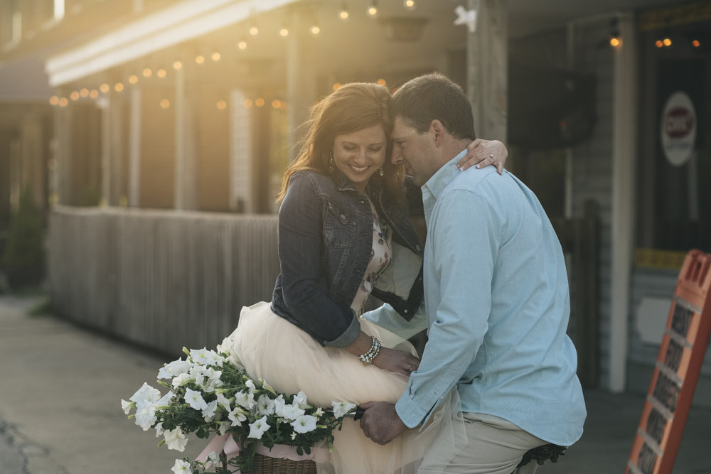 Cute engagement session in Marblehead, Ohio.