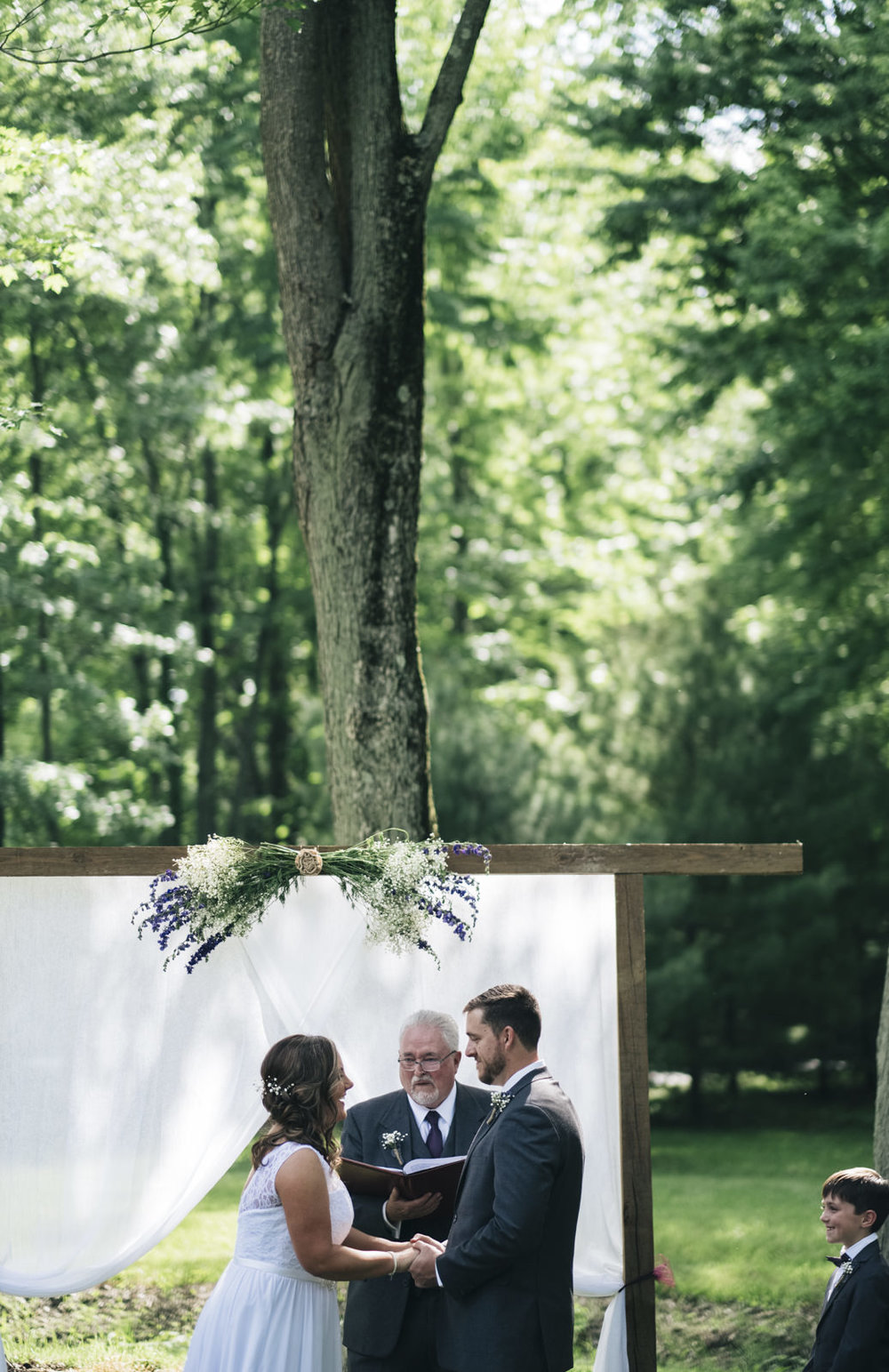 Sweet backyard ceremony in Whitehouse, Ohio.
