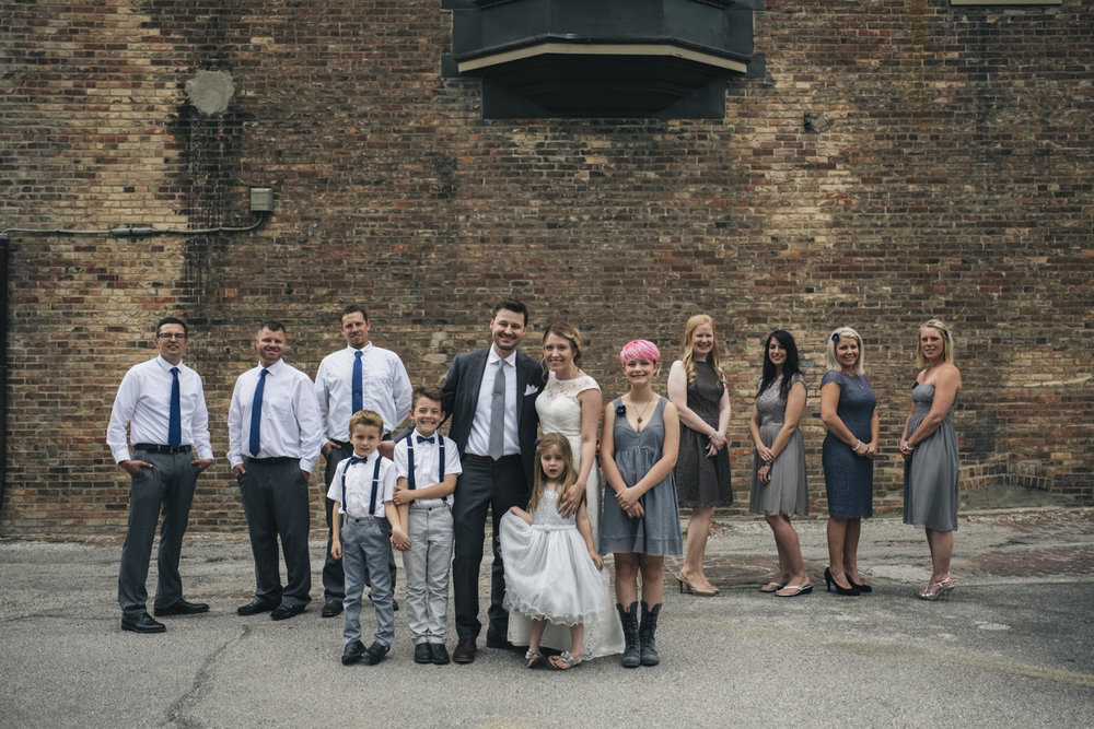Bridal party picture in Ohio.
