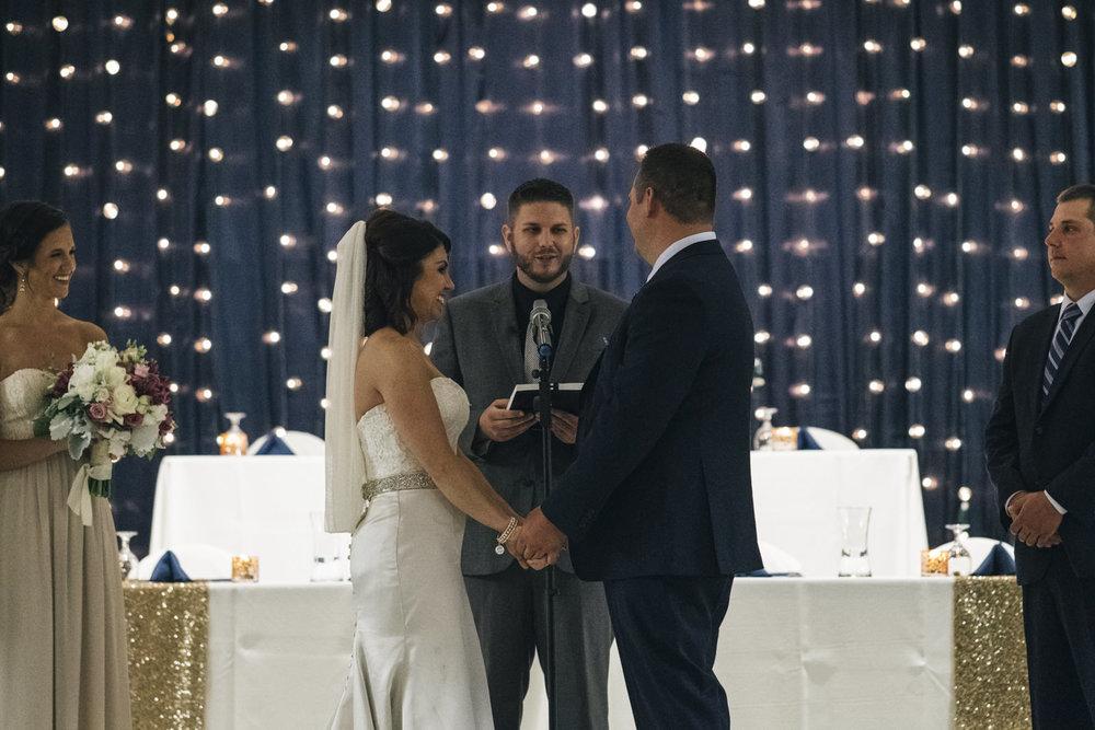 Classy wedding in Toledo, Ohio.