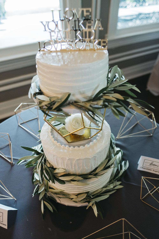 Wedding cake with geometric detail.