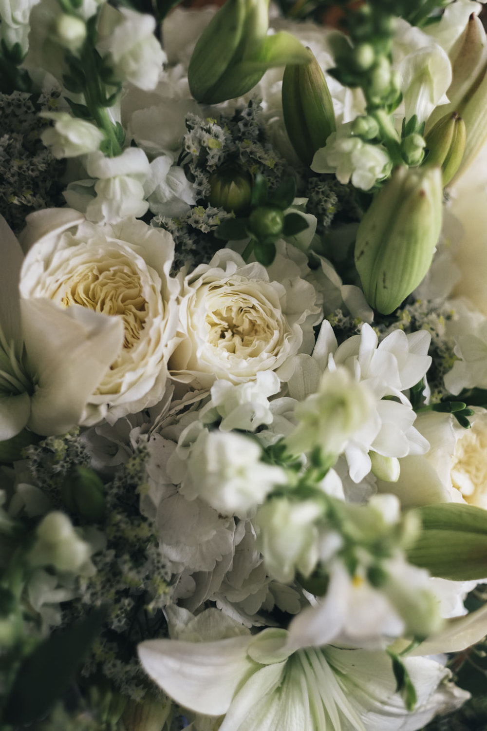 White and green floral inspiration for a late summer wedding.