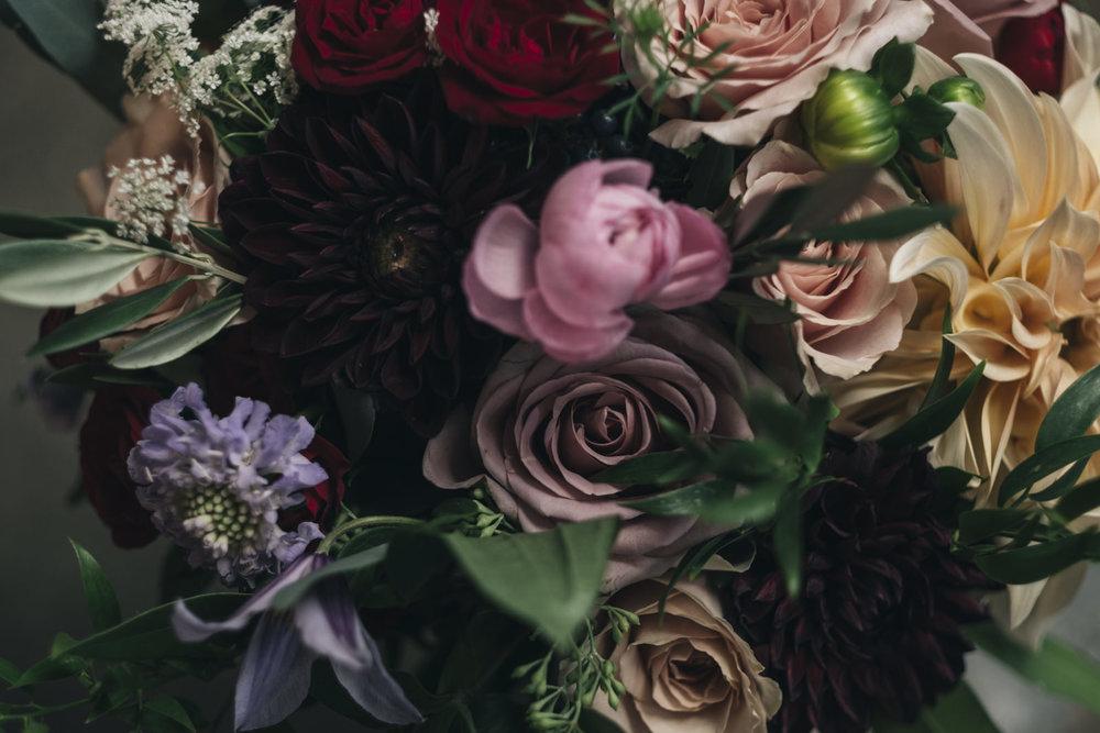 The bride's bouquet for this Toledo wedding was a beautiful Bartz Viviano flower arrangement