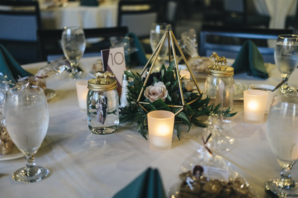A beautiful table set for a zoo wedding in Toledo, Ohio.