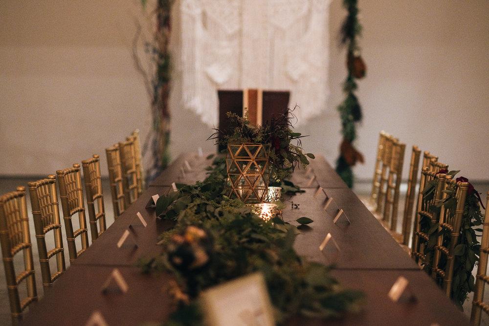 Geometric wedding decorations for Toledo Ohio wedding at registry bistro