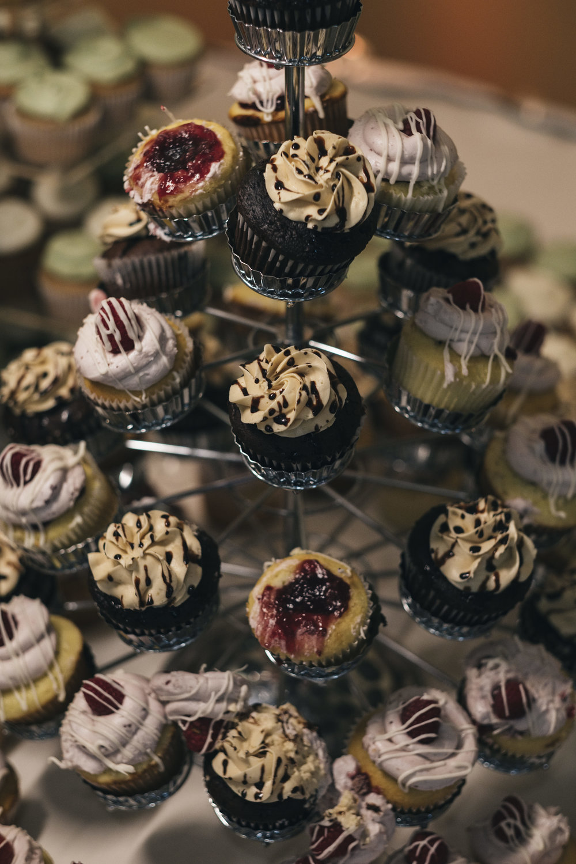Cupcakes at Wedding Reception in Toledo Ohio with Toledo Wedding Photographers