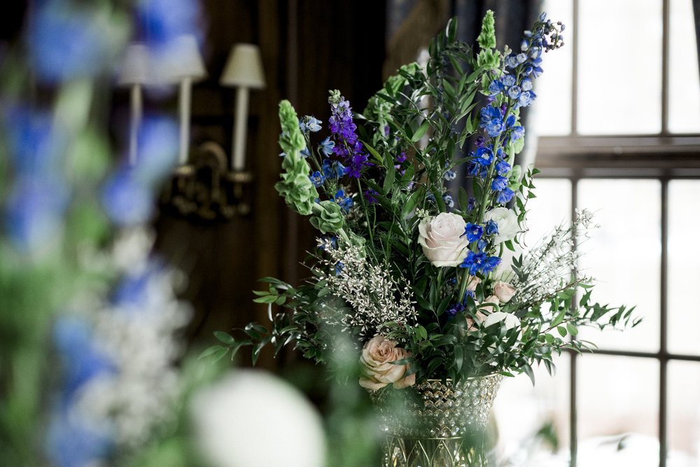 Flowers for Styled Wedding Session at Toledo Club with Toledo Wedding Photographers