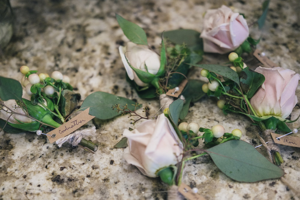 La Boutique Nostalgie and Toledo Wedding Photographers at Wedding Reception in Northwest Ohio