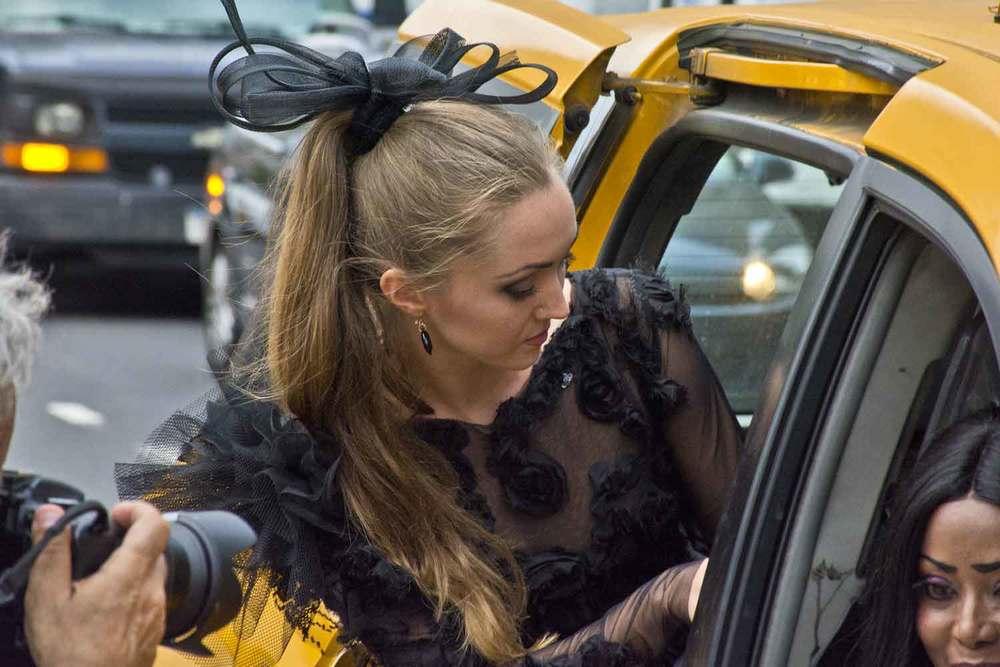 bob-hagan-fashion-week-lincoln-center-model-taxi.jpg