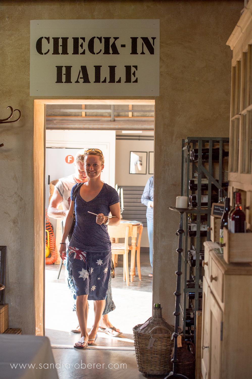 Abheben im Restaurant Rosstall Emmen — Sandra Oberer