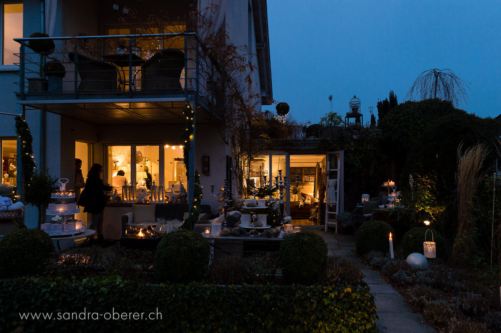 039__S042296_Gartenfenster Lichtermeer.jpg
