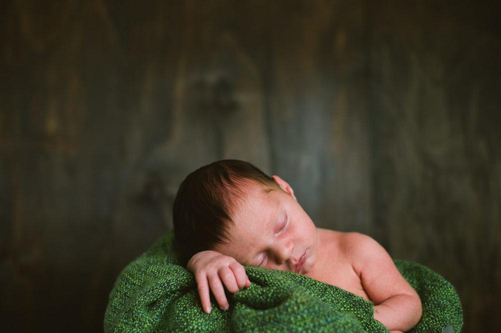 NewbornRober-24.jpg
